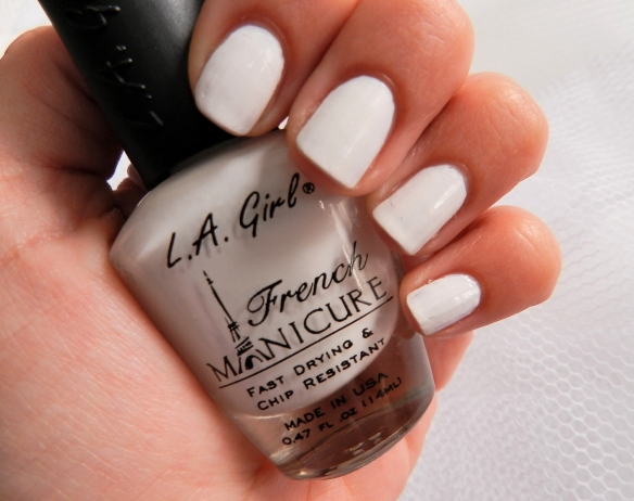 LA GIRL FRENCH MANICURE